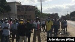 Vigília de antigos trabalhadores da África Têxtil, Benguela, Angola