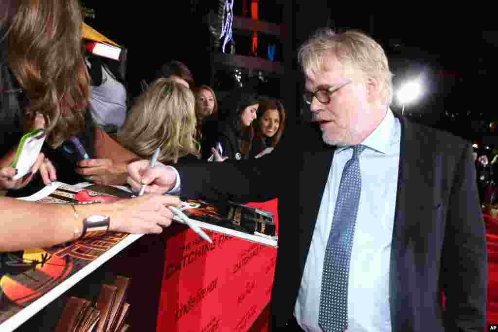 Philip Seymour Hoffman na premijeri filma 'The Hunger Games: Catching Fire' u Los Angelesu, Nov. 18, 2013.