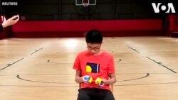 Thiếu niên TQ phá kỷ lục giải Rubik bằng tứ chi
