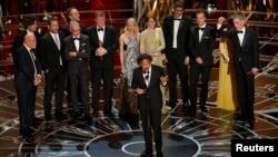 Đạo diễn Alejandro Inarritu nhận giải Oscar phim hay nhất Birdman