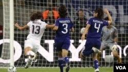 La brillante definición de pierna izquierda de Alex Morgan para poner en ventaja a Estados Unidos ante Japón en la final.
