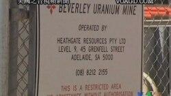 2011-11-15 美國之音視頻新聞: 澳大利亞總理提出向印度出售鈾