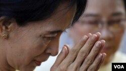 Pemimpin oposisi Birma Aung San Suu Kyi.