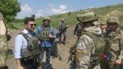 2019-05-28 美國之音視頻新聞: 烏克蘭新總統視察與東部分離主義者作戰的前線