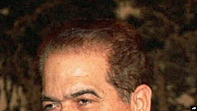 Former Egyptian Prime Minister Kamal el-Ganzouri, (File).