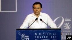 El secretario de economía de México, Ildefonso Guajardo, ofreciendo un discurso en Bali, Indonesia, en 2013.
