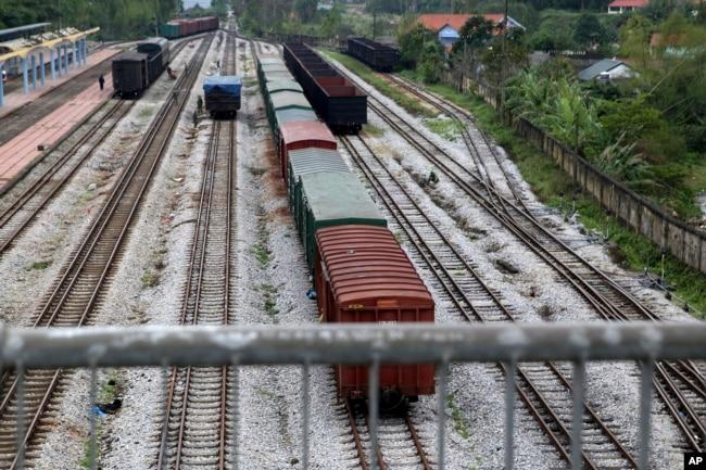 Hệ thống đường sắt Việt Nam khá cũ kỹ, lạc hậu so với thế giới