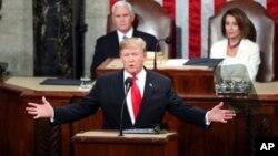 Presiden AS Donald Trump saat menyampaikan pidato kenegaraannya hari Selasa (5/2) malam.