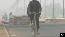 博科聖地組織設置路障。