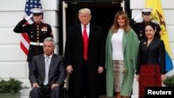 Ленин Морено, Дональд Трамп, Мелания Трамп и Росио Гонсалес во время встречи в Белом доме, 12 февраля 2020 года