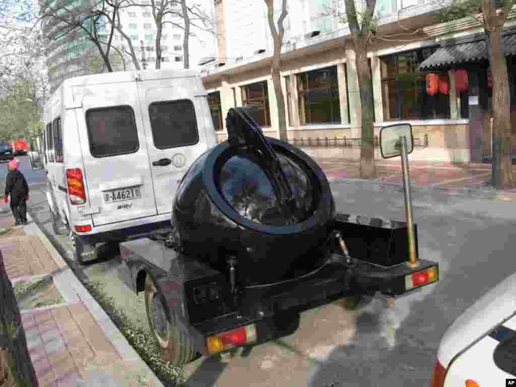 部署在饭店附近的防爆装置
