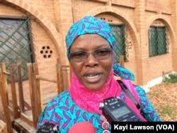 Jémila Yacoubou, mère d'un enfant autiste, à Lomé, Togo, le 30 avril 2018. (VOA/Kayi Lawson)