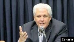 """El presidente de la SIP, Gustavo Mohme aseguró que la libertad de expresión es """"un derecho humano que no puede ser censurado, confiscado o disuelto como ahora se quiere hacer con Fundamedios""""."""