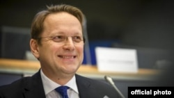 Avropa İttifaqının qonşuluq və genişlənmə siyasəti üzrə komissarı Oliver Vareli