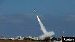 Sistem pertahanan rudal Kubah Besi (Iron Dome) Israel di Ashdod, Israel, 9 Juli 2014 (Foto: dok).