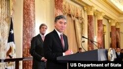 美国新任驻菲律宾大使金圣镕11月3日宣示就职(图片来源美国国务院)