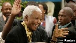 Нельсон Мандела (архивное фото)