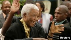 Nelson Mandela genap berusia 95 tahun hari Kamis (18/7) ini (foto: dok).
