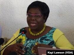 Brigitte Adjamagbo Johnson, coordinatrice de la coalition à la conférence de presse mercredi matin, le 26 septembre 2018. (VOA/Kayi Lawson)