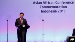 中共總書記習近平4月22日在印尼出席亞非峰會時發表講話資料照。