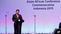Presiden China Xi Jinping memberikan pidato pada pembukaan KAA di Jakarta, Rabu (22/4).