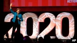 """រូបឯកសារ៖ លោកស្រី Elizabeth Warren ថ្លែងនៅក្នុងយុទ្ធនាការ """"Care In Action"""" កាលពីថ្ងៃទី១៨ ខែកុម្ភៈ ឆ្នាំ២០២០ នៅទីក្រុង Las Vegas រដ្ឋ Nevada។"""