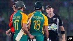 نیوزی لینڈ اور جنوبی افریقہ کے کھلاڑیوں کو جرمانے