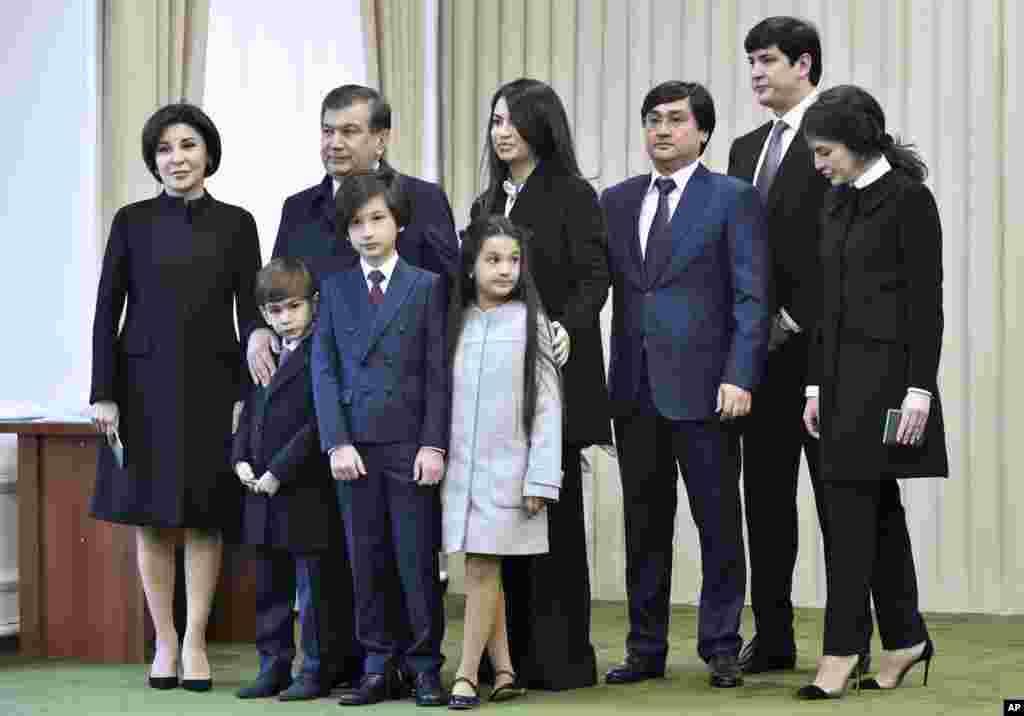 Bosh vazir Shavkat Mirziyoyev oilasi bilan