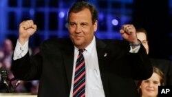 El gobernador republicano de Nueva Jersey, Chris Christie, ganó ampliamente la reelección.