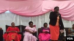 UNkosikazi Lucia Matibenga ukhuluma emhlanganweni weWEC18.