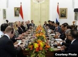 Pertemuan Presiden Joko Widodo dengan delegasi bisnis yang dibawa oleh Raja Willem Alexander di Istana Kepresidenan Bogor, Selasa, 10 Maret 2020. (Biro Setpres)