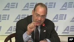 19일 미국기업연구소(AEI) 안보 토론회에서 발언하는 브루스 벡톨 교수.
