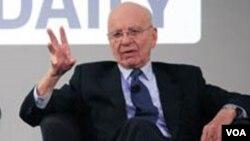El presidente de News Corp., Rupert Murdoch, dijo que cuando cerró el diario a causa del escándalo, sintió pánico.