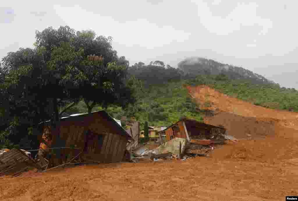 A view of houses destroyed after a mudslide in the village of La Pintada, in the Mexican state of Guerrero, Sept. 19, 2013.