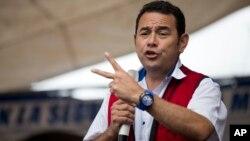 Kandidat Presiden yang juga bekas pelawak TV, Jimmy Morales menjadi favorit kuat memenangkan pilpres di Guatemala (foto: dok).