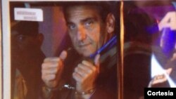 El exalcalde opositor Enzo Scarano está preso en una cárcel militar.