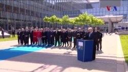 NATO Zirvesi'nde Manchester Saldırısında Ölenler İçin Saygı Duruşu