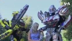 Cặp đôi Ukraine chế tạo trang phục khổng lồ cho Transformers