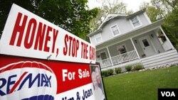 Los precios de la casa cayeron a su menor nivel en ocho años en Estados Unidos.