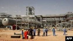 Một cở sở dầu hỏa của Ả Rập Xê Út