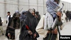 """طالبان پیشنهاد صلح کابل را """"تسلیم شدن"""" توصیف کرده اند"""