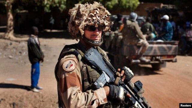 Soldado francês no Mali. Por quanto tempo?