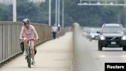 Olahraga rutin dengan intensitas moderat sampai tinggi dapat memperpanjang hidup dua sampai lima tahun. (Foto: Dok)