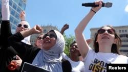 Phụ nữ biểu tình ở thủ đô Washington DC phản đối chính sách 'giam cầm các gia đình di dân bất hợp pháp', ngày 28/6/18
