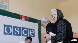 Birači na Kosovu glasaju za srpske predsedničke i parlamentarne izbore