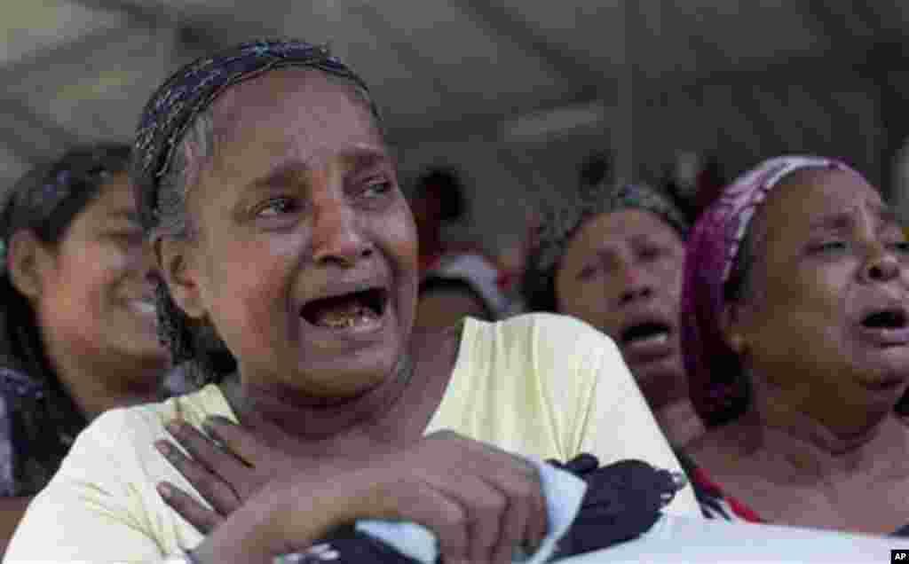 زنان مسلمان برمه قربانی آتش سوزی، ۱۲ آوریل ۲۰۱۳