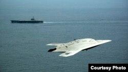X-47B型无人战斗机(照片来源: US Navy)