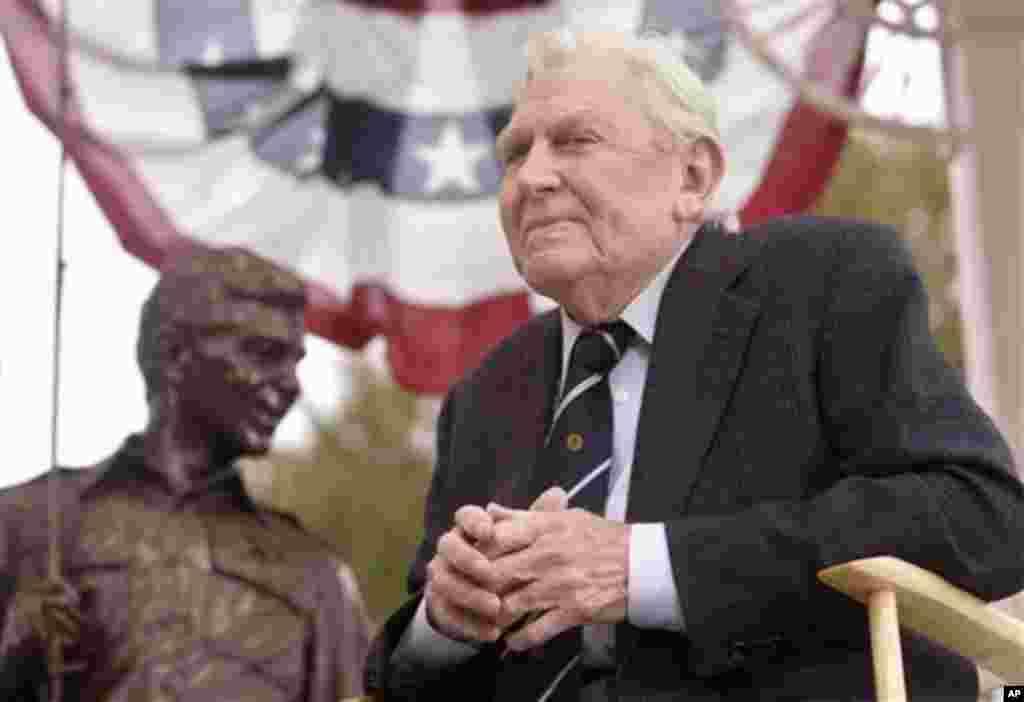 """La estrella del programa que llevaba su nombre """"The Andy Griffith Show"""" murió el 3 de julio a los 86 años en Carolina del Norte."""