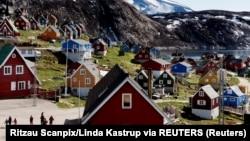 格陵兰西海岸小镇乌佩纳维克