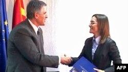 Arrihet marrëveshja për patrulla të përbashkëta të kufirit Maqedoni-Kosovë